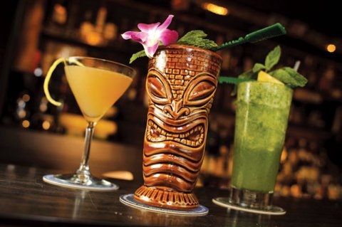 cocktail bar rum barrel amsterdam 3 tiki cocktails
