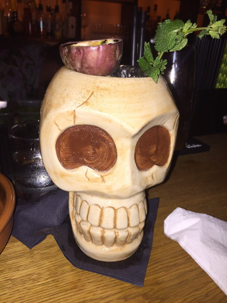 rum-barrel-cocktail-zombie